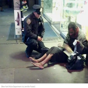 cop donates shoes to homeless veteran